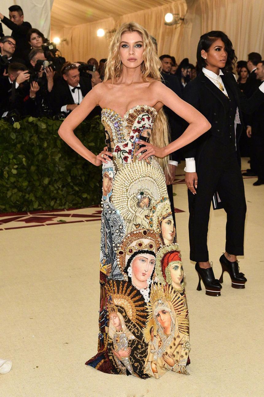 MetGala红毯秀,堪称时尚界的奥斯卡,会不会选礼服就看这一天了!
