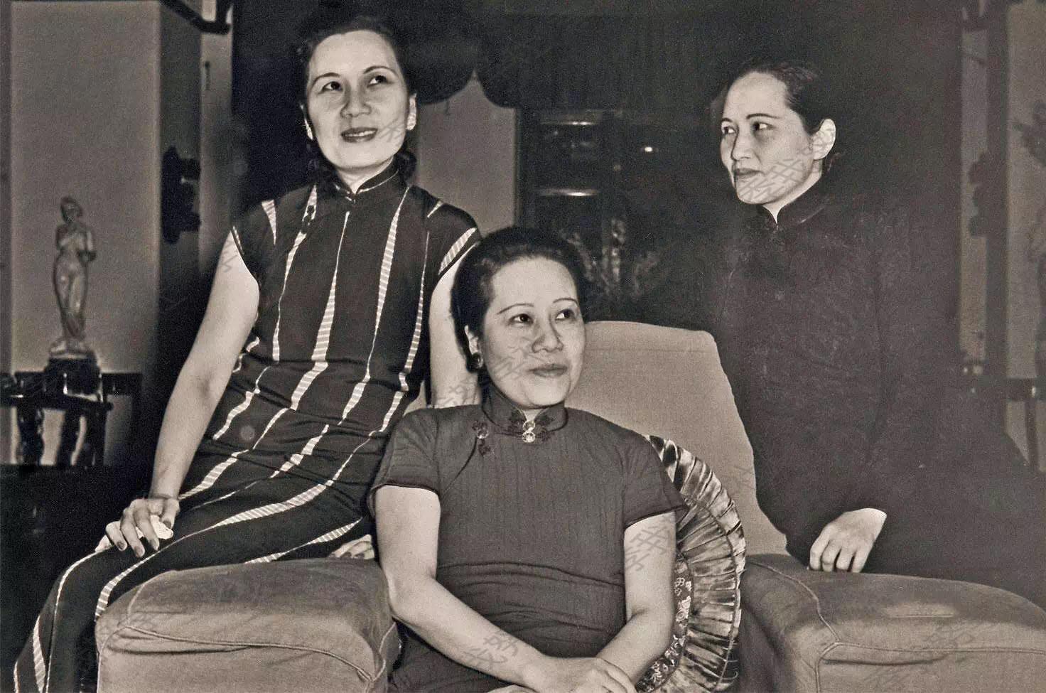 美国网站上的宋美龄:宋氏三姐妹与女性朋友图片