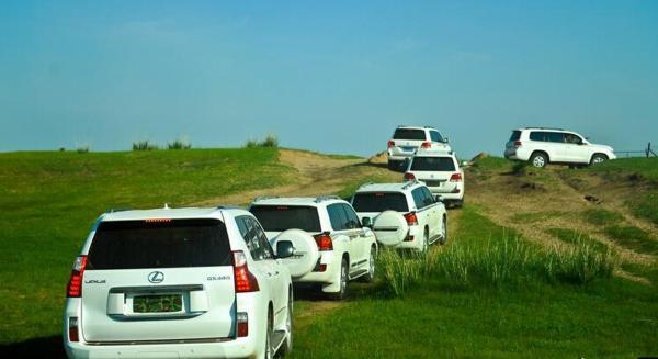 川藏线旅游包车租车的好处  第1张 川藏线旅游包车租车的好处 川藏路线