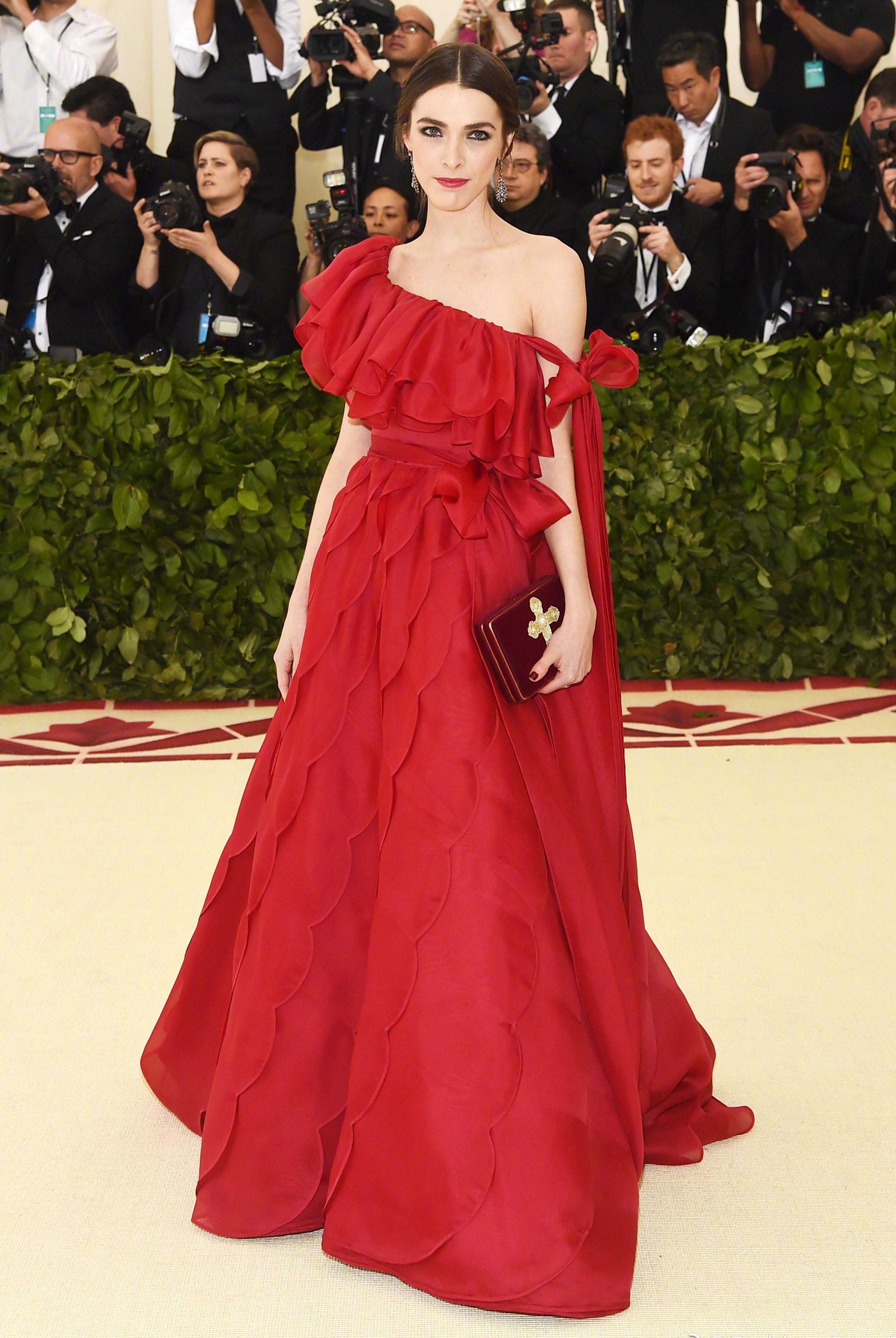 独家揭秘 | 要想定制一件Metball红毯战袍,究竟需要走几道程序?