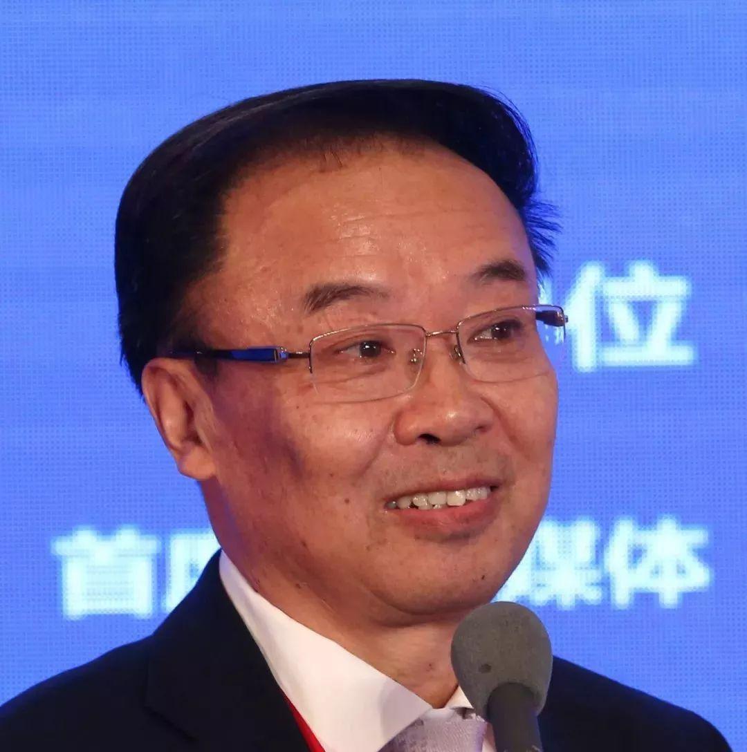 """李镇西:公平而优质的基础教育,是一个国家腾飞的""""起跑线"""""""