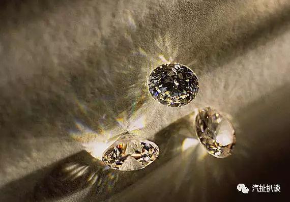 """丰田独有的""""小钻石"""",奕泽IZOA代表着新时代审美"""