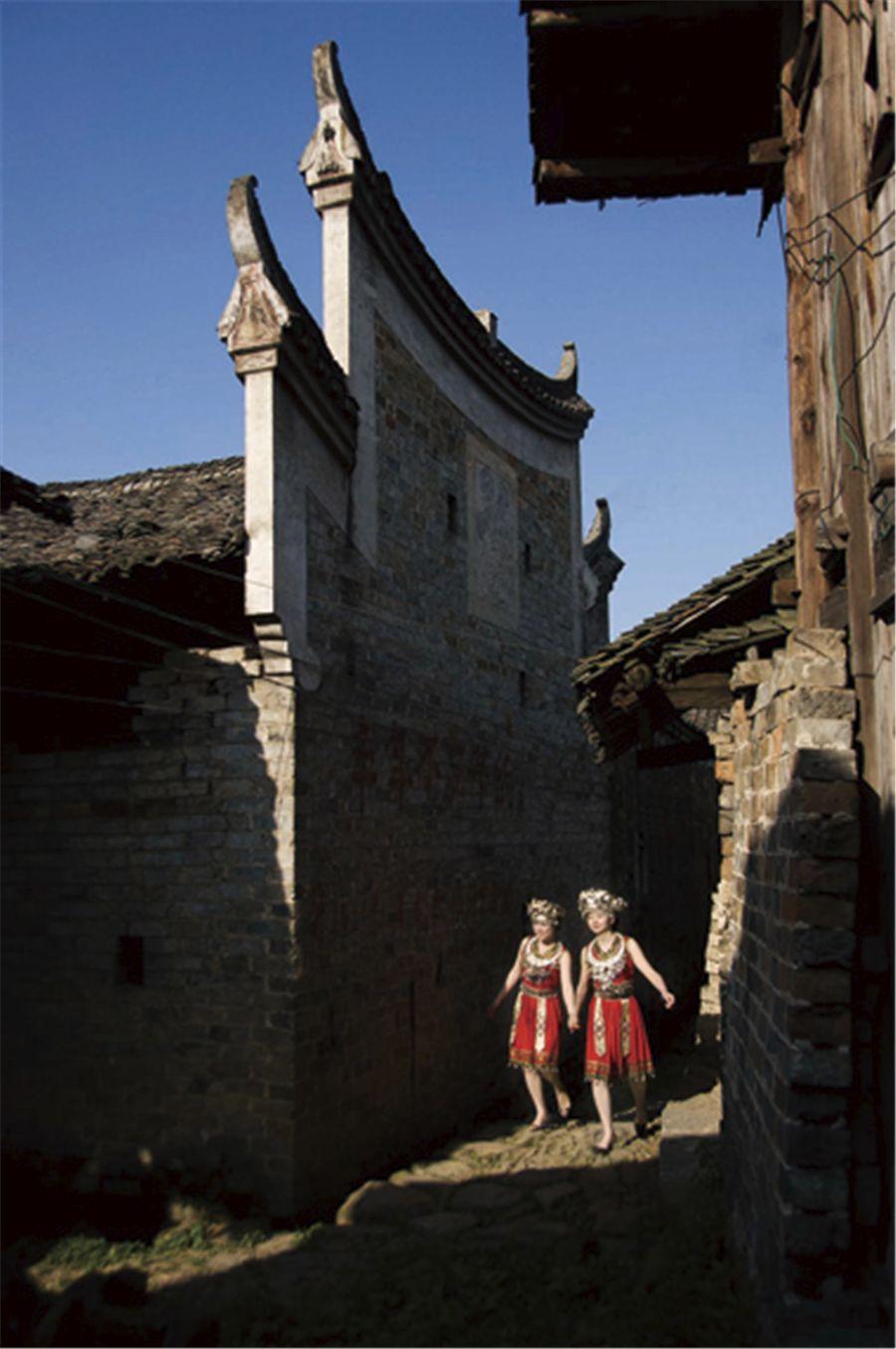 湖南绥宁的这座依山傍水民俗淳朴的苗寨,《爸爸去哪儿》都曾在此取景拍摄