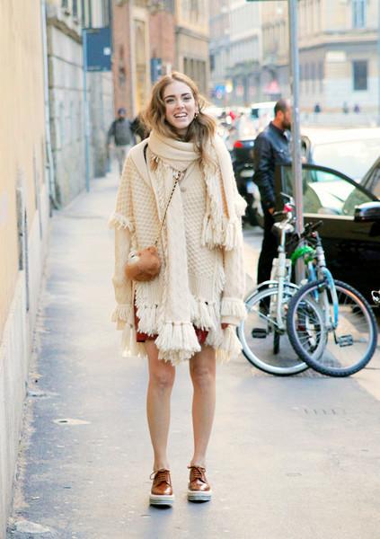 针织衫怎么搭配出新鲜时髦感