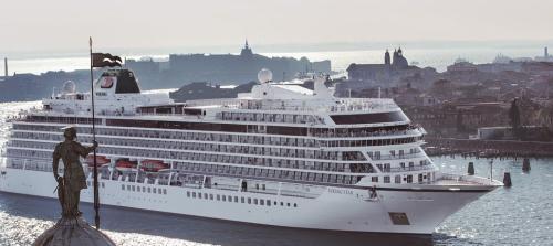 245天游59国 全球最长航程海上套餐9.2万美元
