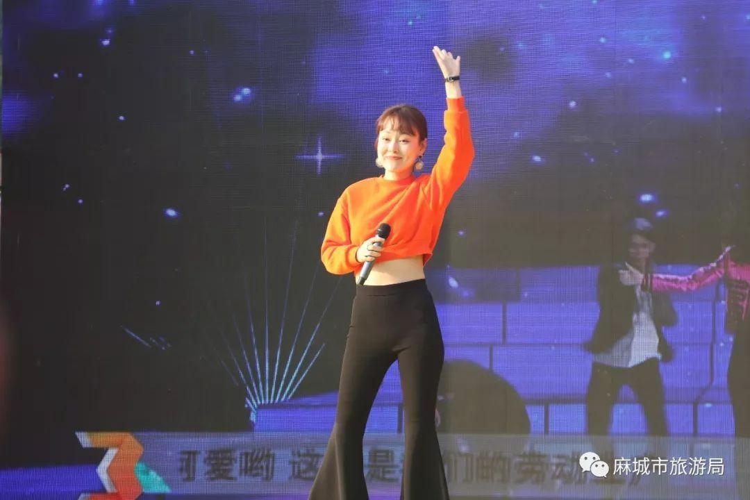 《星光大道》黄冈决赛火热上演,龟峰山群星璀璨,惊艳图片