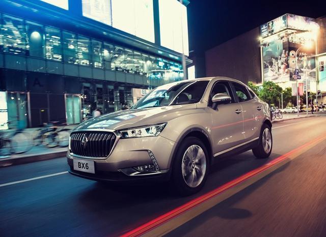 宝沃全新轿跑SUV上市,帅过宝马X6、售18.28万起!