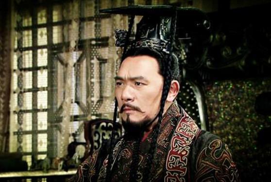 此人本是韩国间谍,到秦国搞破坏阴谋败露,秦始皇却不舍得杀他