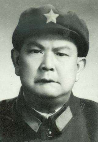 史上最牛的军长_解放军十大铁血阻击战之四 黑山阻击战