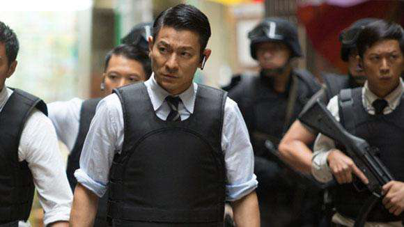 刘德华电影全集_刘德华在电影《风暴》中饰演警察