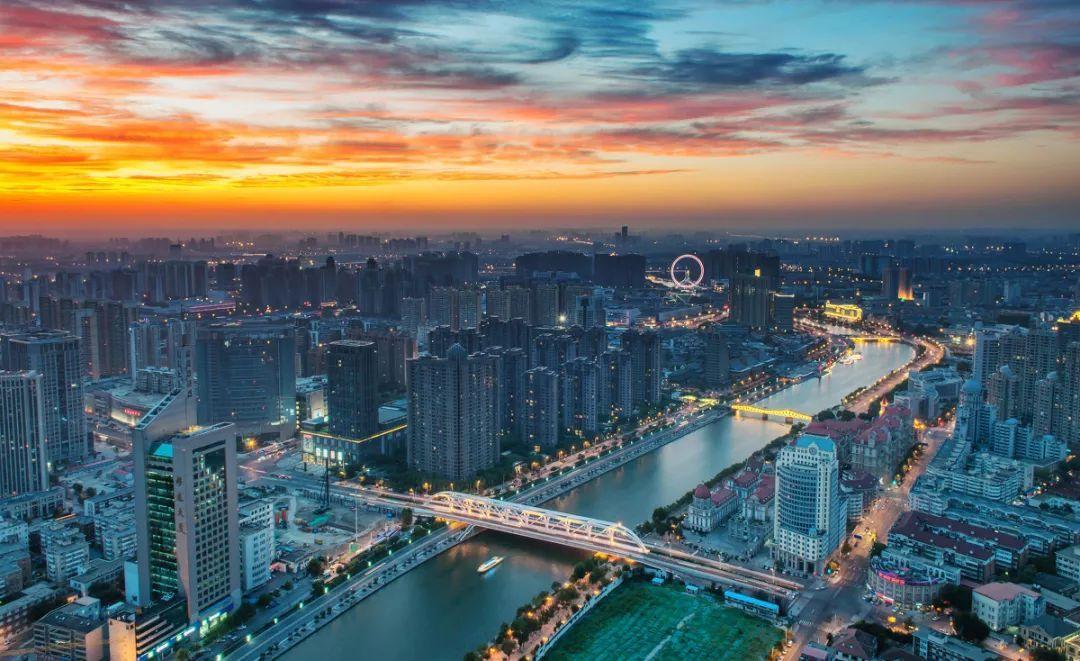 天津gdp天津港占比_前10月邮政行业业务收入7704.4亿元 同比增21.3