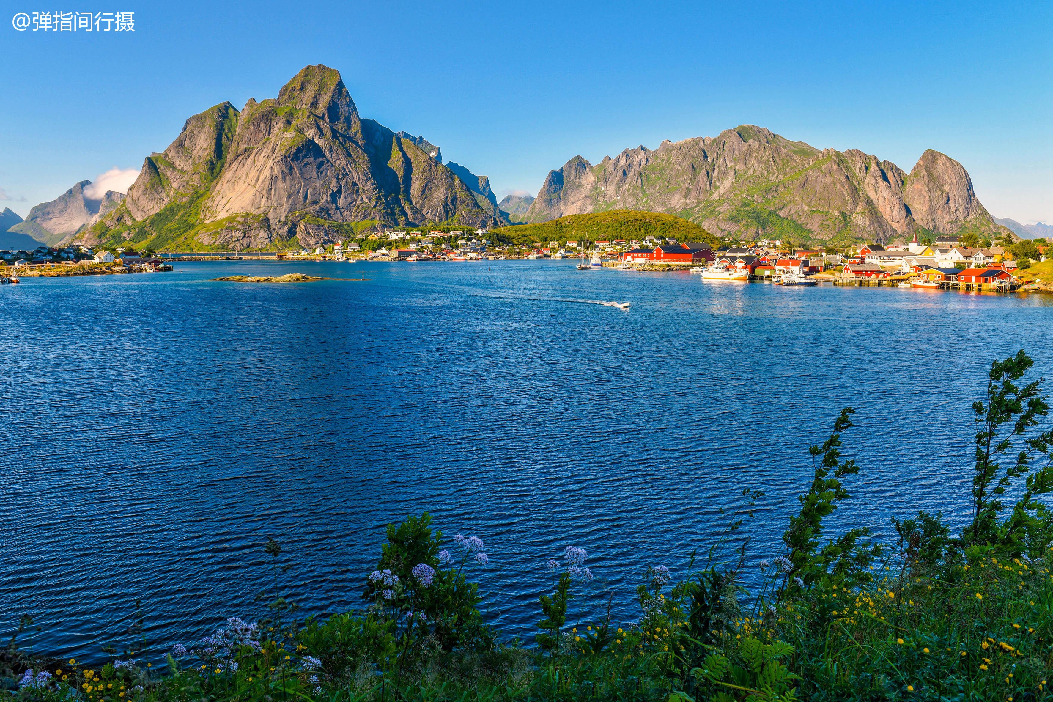 挪威最美的风景在这里,渔村人烟稀少,每年却有10万游客蜂拥而至