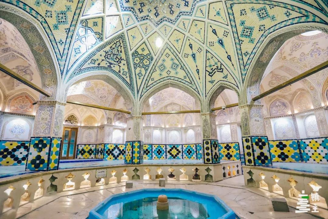 这座建于500多年前的浴室被称为伊朗浴室的杰出典范.