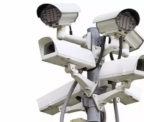 选择安防监控系统镜头时需注意各种指标