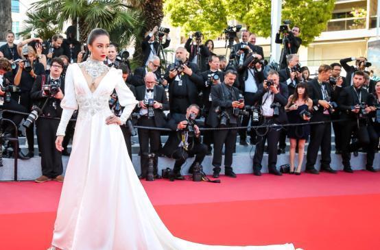 v时间时间日本正文5月11日,角逐参与第71届法国电影节金棕榈奖的主最新戛纳3d动漫电影图片