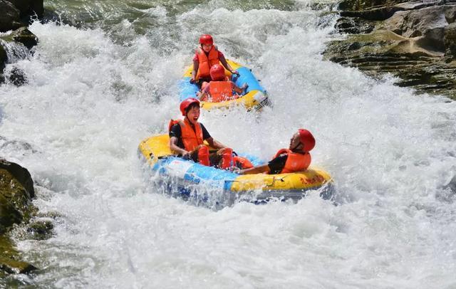 漂流,避暑,观瀑布,天气渐热就来湖北清凉一夏!
