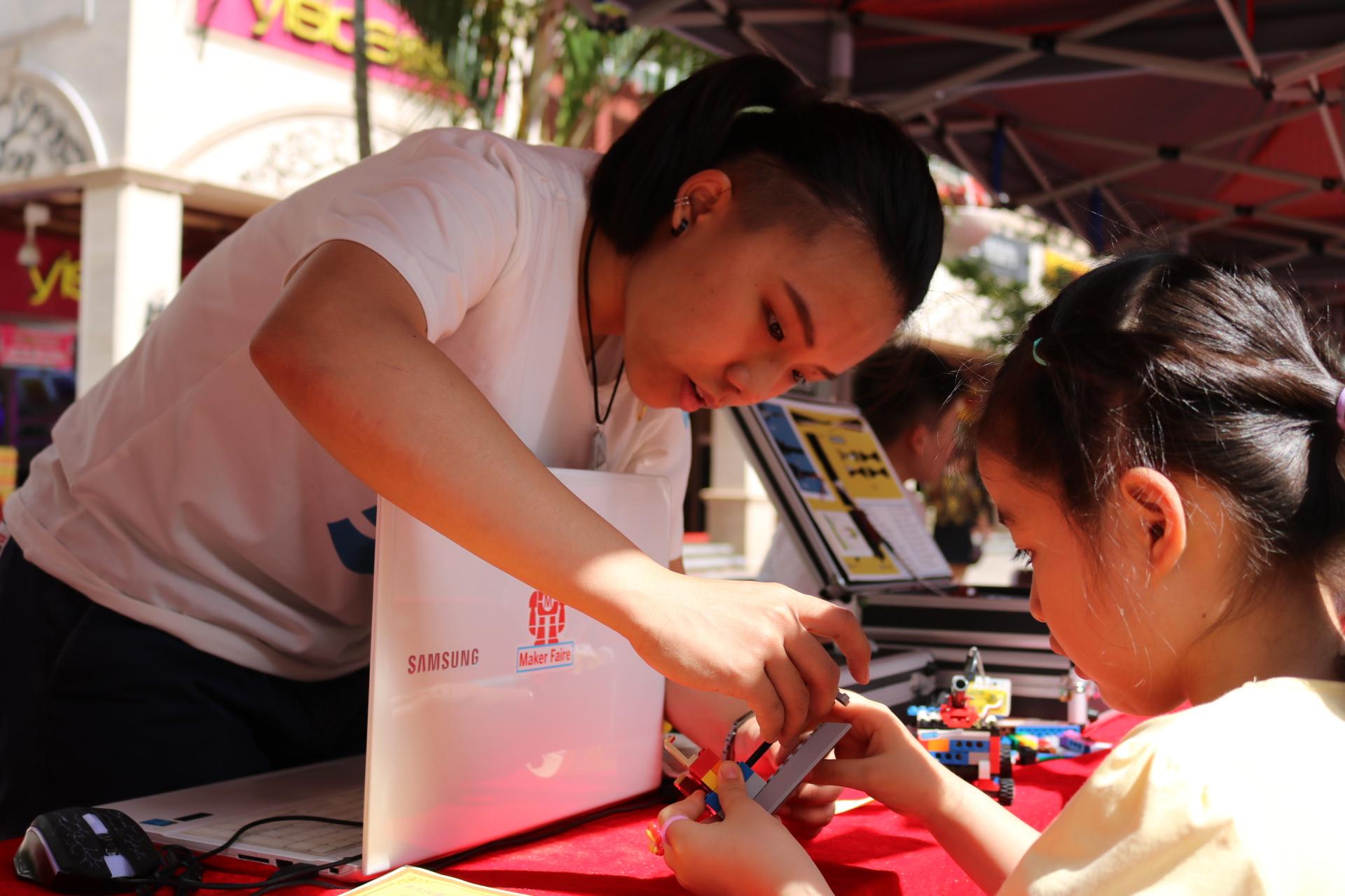 尼皮斯创客为西丽街道举办民生微实事大型活动