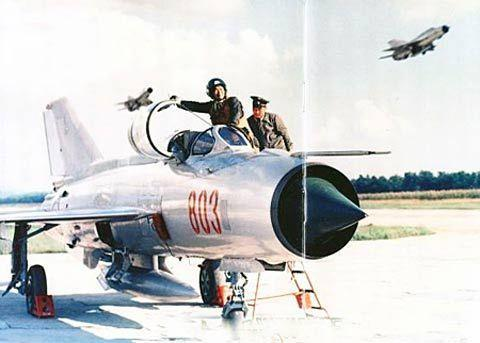 朝鲜米格31战斗机_大名鼎鼎的米格系列战机都出自这两个大师之手