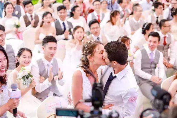 """马云证婚人⊙马云当证婚人火了:婚姻最好的算法就是""""算了吧""""!"""