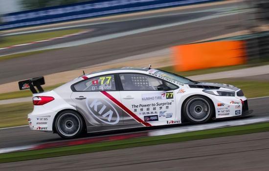拥有更强的抓地力;根据本赛季对参赛车辆赛车改装,空气动力学设计等图片
