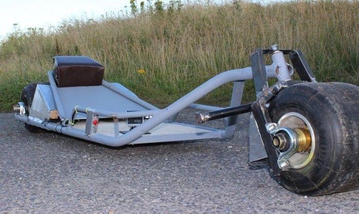 英国人发明独轮摩托车!经济实惠不用找车位