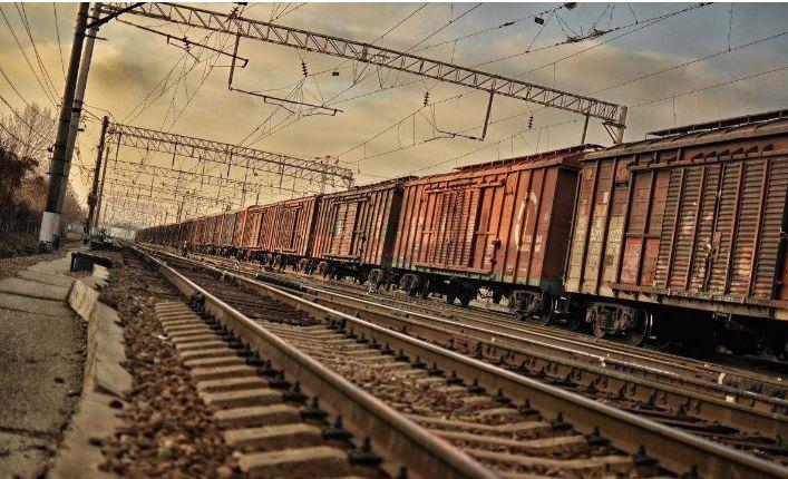 """做了17年煤炭汽运,现在得改了……""""京津冀运输结构调整在即"""