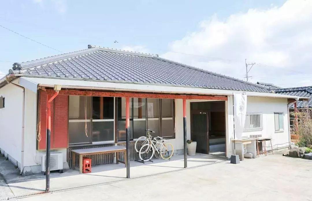 这个日本小岛,只有一台出租车和一家正式酒店