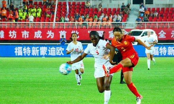 潍坊鲁能足球学校:潍坊拟将每年的七月份打造为足球月 举办多种足球活动