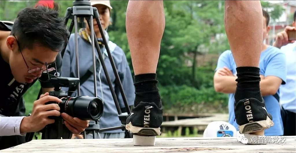 民间绝技针挑疗法:【恭城】民间绝技藏瑶山,广西卫视来发现