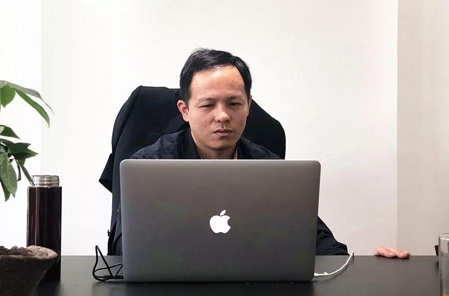 关于区块链的本质和发展的突破口,这位浙大博士的看法有些特别…