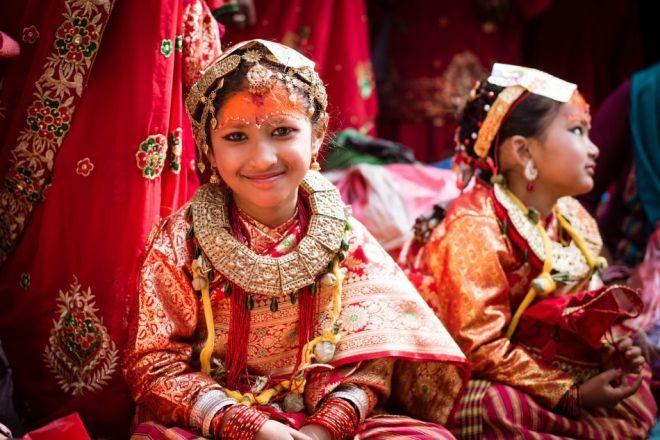 这个山国的女孩必须结两次婚,新婚之夜还要和旧情人同房!