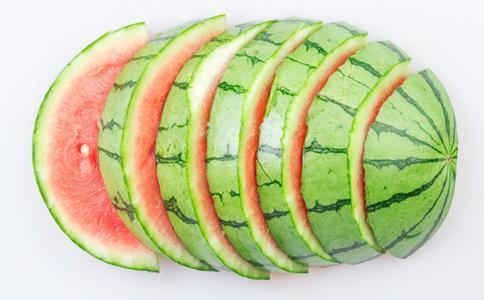 西瓜皮还能这样吃?真是长见识,一般人绝对没吃过