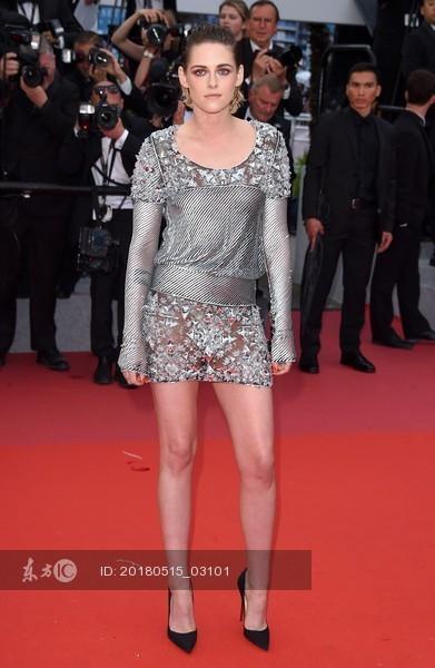 红毯秀!戛纳电影节中外电影着装大v电影明星动画萤火虫BGM图片