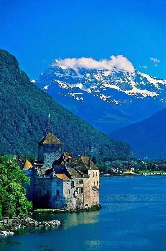 全球排名第一的养老国,堪比童话仙境,美!
