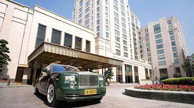 中国最坑的路:来此拍婚纱300元两小时,拍摄费用最高2万一小时!