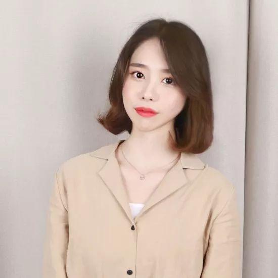 最近超超超流行的网红八字刘海短发!图片