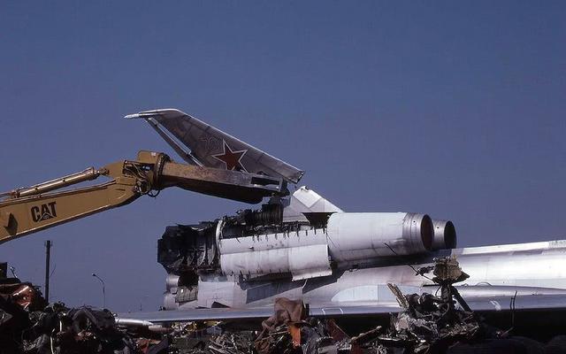 想要换取美国援助资金,俄罗斯曾经销毁大量的战略轰炸机