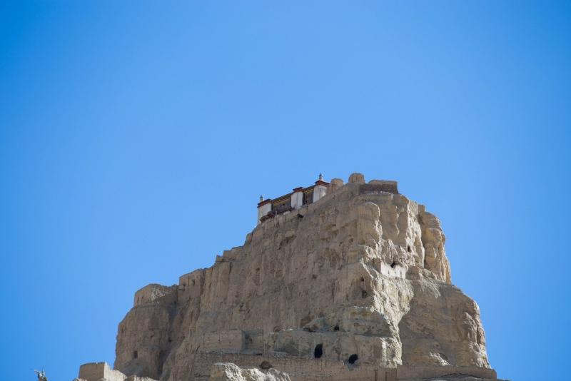 西藏阿里,一夜灭亡的古格王朝与干尸洞的秘密