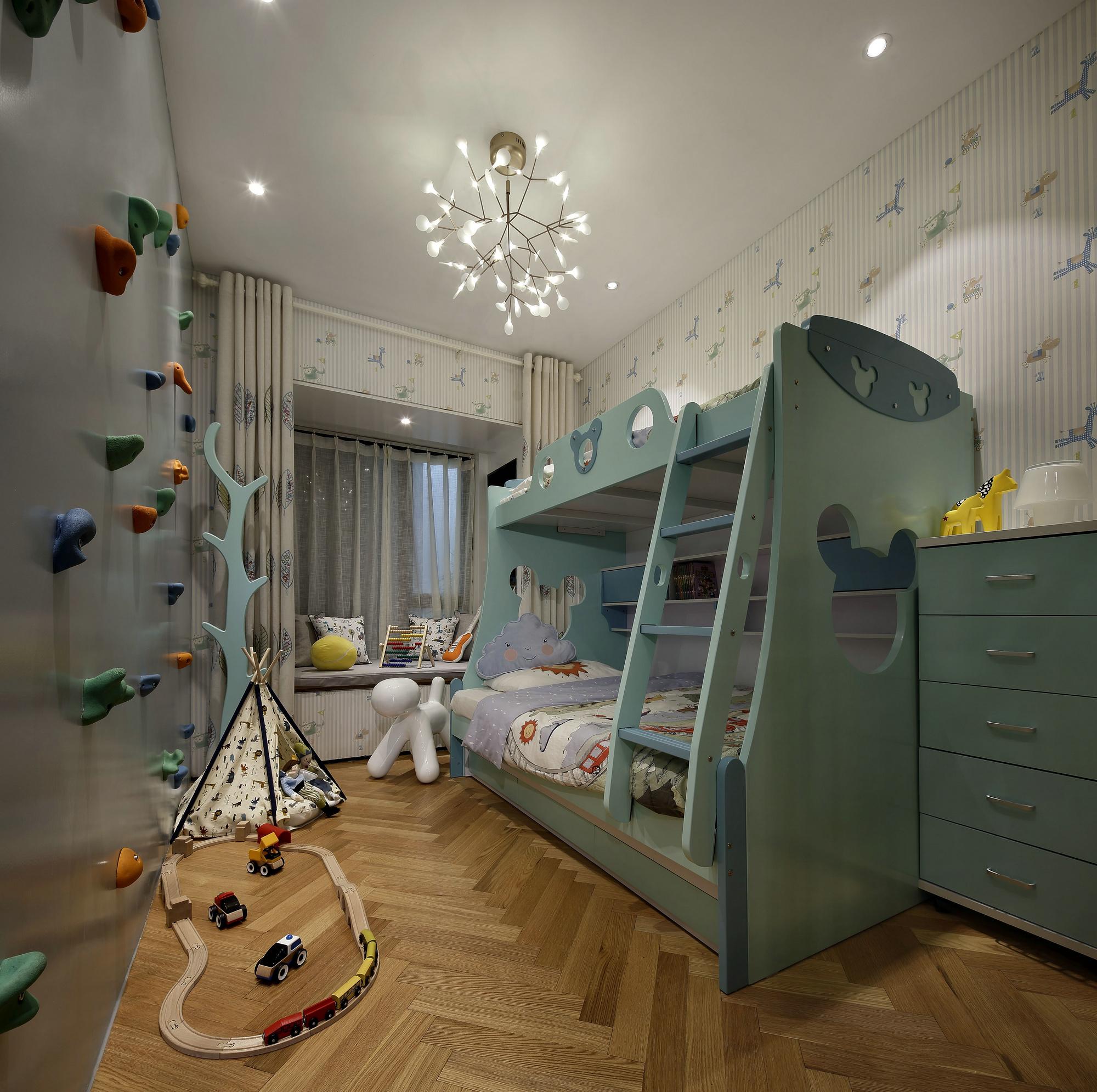 儿童功能房:就是一个缩减版的游乐园,孩子在家里即可享受到在游乐园图片