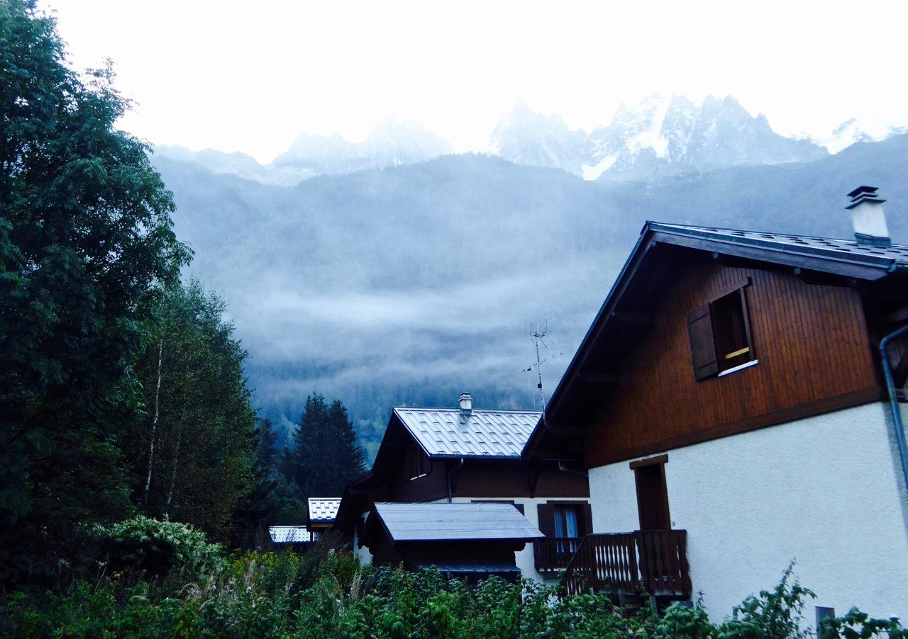 【瑞法穿越】老约翰小木屋,泡着温泉看雪山