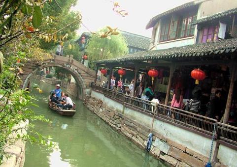 """中国最""""尴尬""""的城市,实力直逼""""北上广深"""",却连飞机场都没有"""