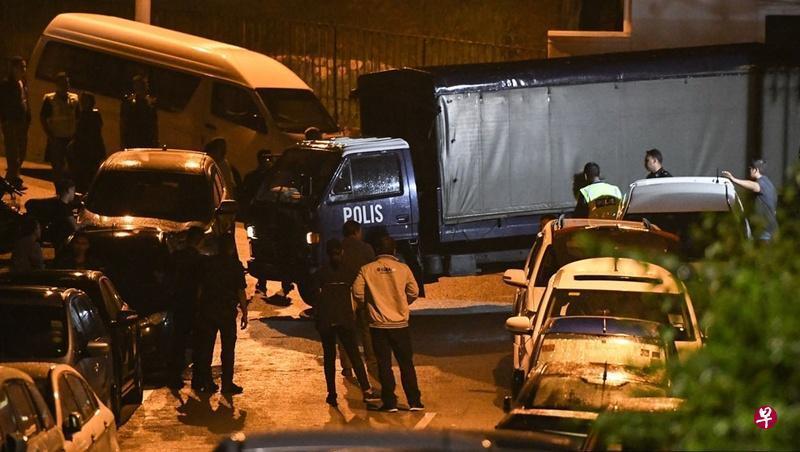 马国警方彻夜搜查纳吉布家 律师:只带走手提袋
