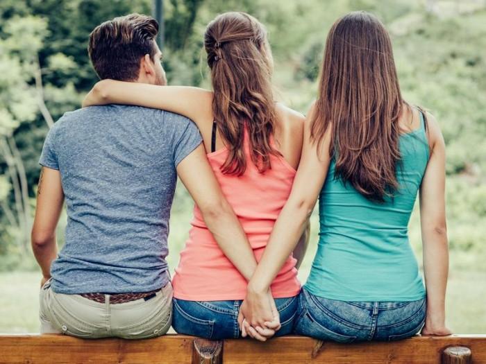超八成女人有过出轨经历,女人心态度_网易女人