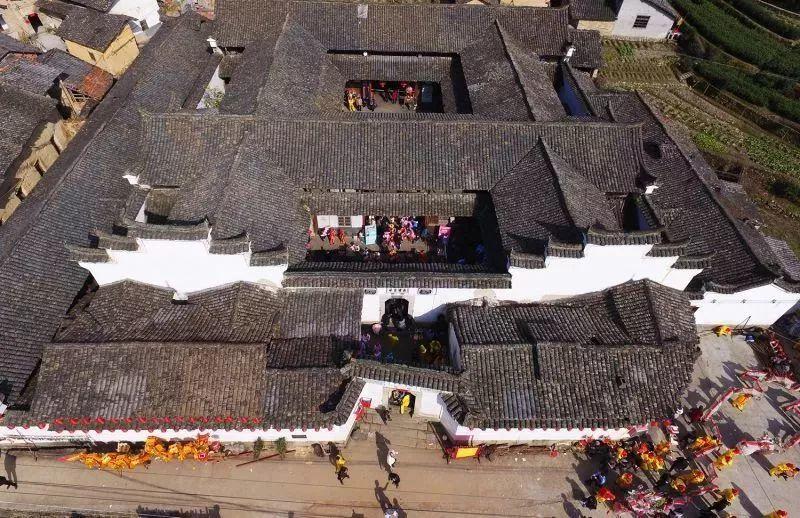 阙氏人口_石仓古民居群,位于大东坝镇,是客家阙氏一族在松阳的发源地.沿汶水(2)
