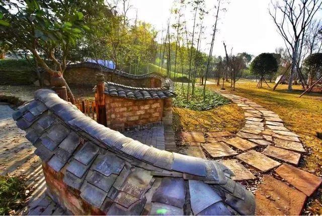 """邛窑考古遗址公园今起开园 """"吸睛神器""""邛三彩了解一下"""