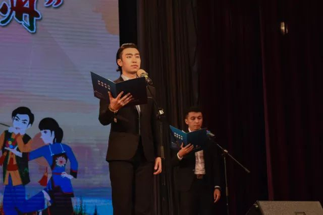 诗朗诵《少年中国梦》