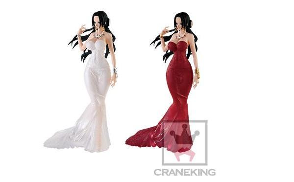 《海贼王》女帝礼服手办 紧致长裙包裹诱人身体曲线
