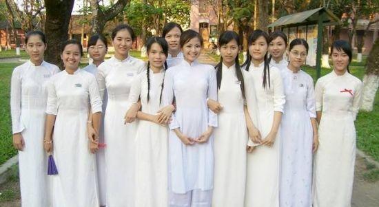 越南情人市场, 姑娘都愿嫁中国人!