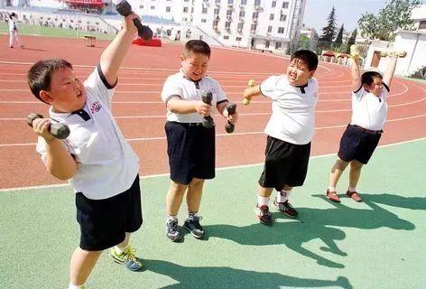 小胖墩儿的减肥运动图片