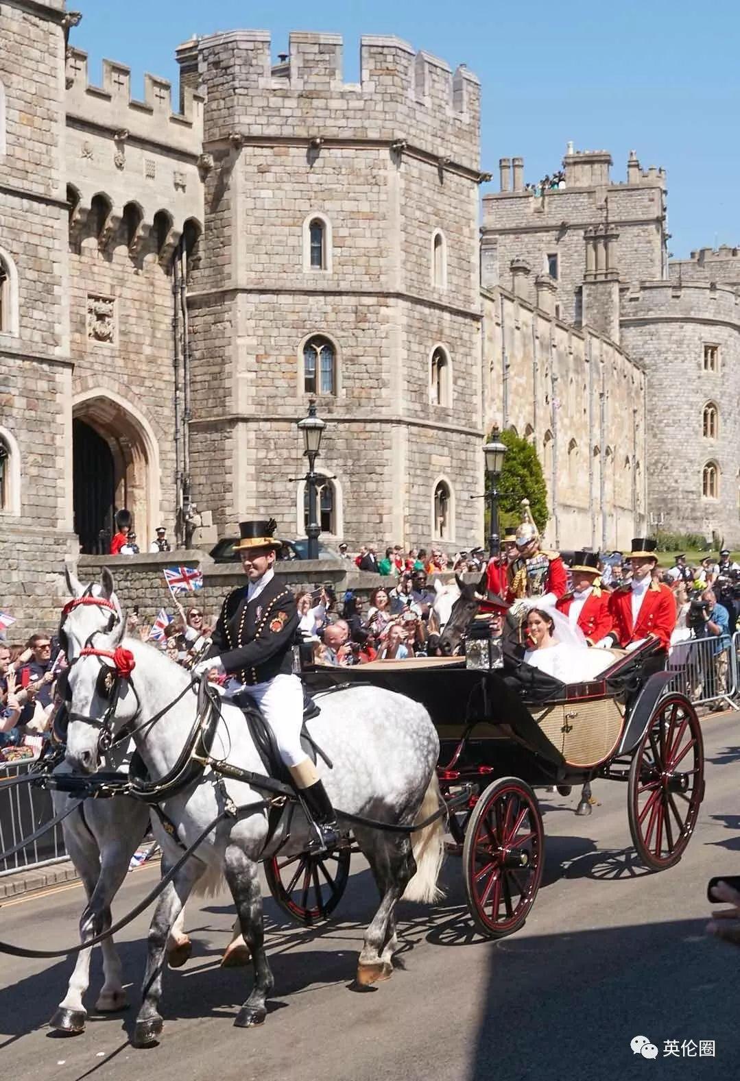 今天去温莎看哈里王子大婚,半米内亲眼被他和梅根甜翻!